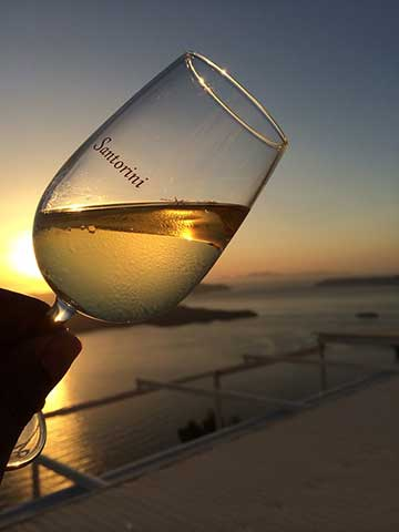 Вино в Греции, Санторини