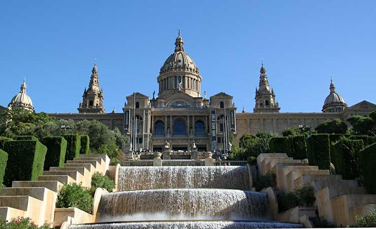 Национальный музей искусства, дворец Каталонии - достопримечательности Барселоны, Испания