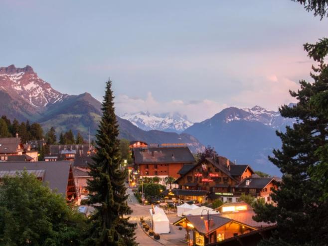 Лучшие горнолыжные курорты Швейцарии, отели в горах, Виллар